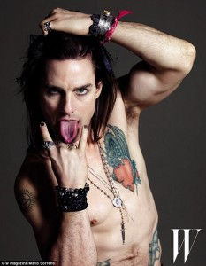 tom-cruise-tattooed-w-mag-2